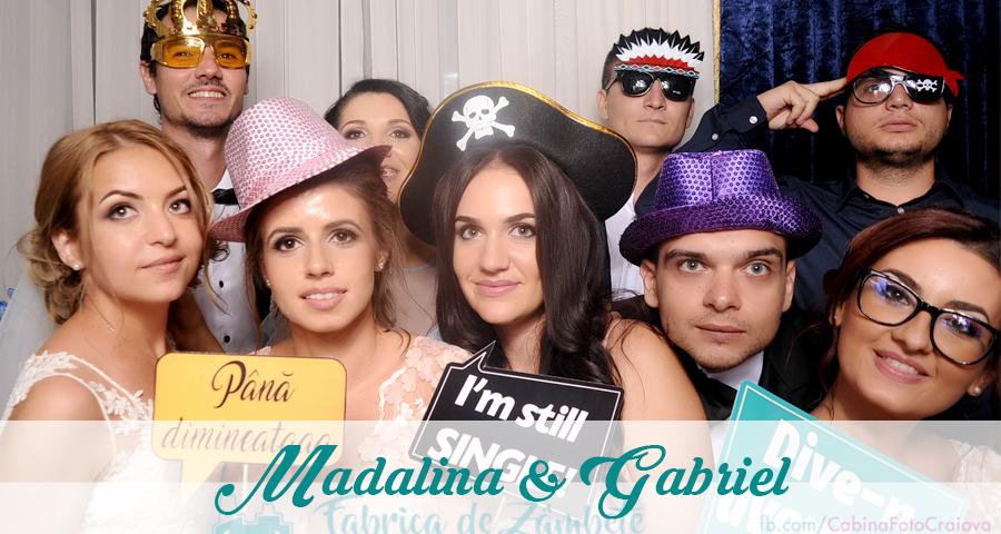 Cabina foto Craiova de inchiriat - Fabrica de zambete - Nunta Madalina si Gabriel