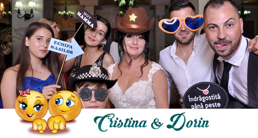 Cabina foto Craiova de inchiriat - Fabrica de zambete- Nunta Cristina si Dorin