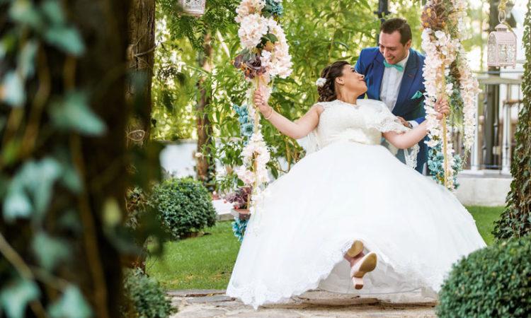 Fotograf profesionist Bucuresti de nunta. Sanda si Ionut fotogrfie de nunta Ramnicu Sarat