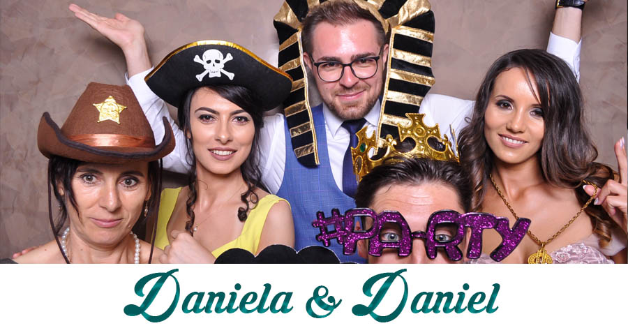pret Cabina foto Craiova de inchiriat - Fabrica de zambete- nunta Daniela si Daniel
